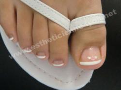 ongles pieds en gel french permanente