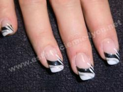 ongle en gel nails art au pinceau fait main