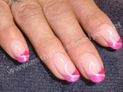 ongles en gel french rose girly