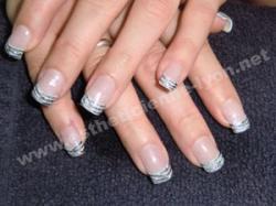 ongle en gel nails art tigré